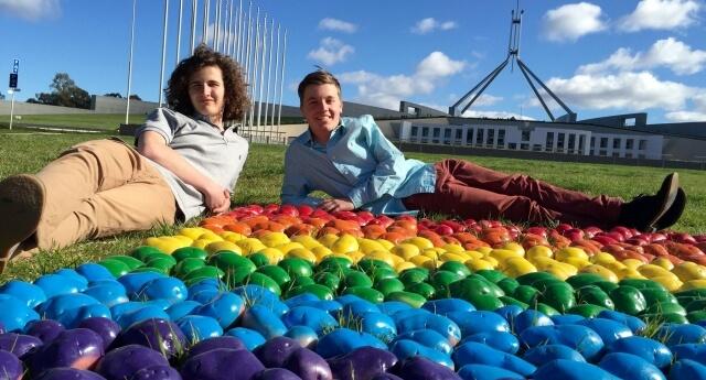 In Australia patate rainbow per i matrimoni gay