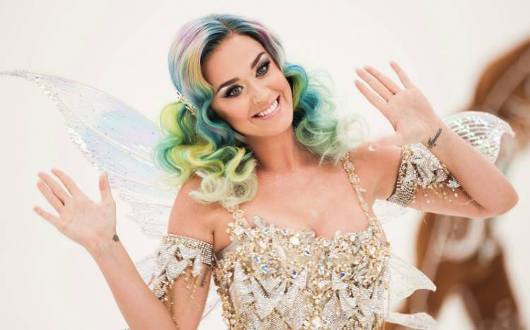 Katy Perry per H&M Holiday 2015