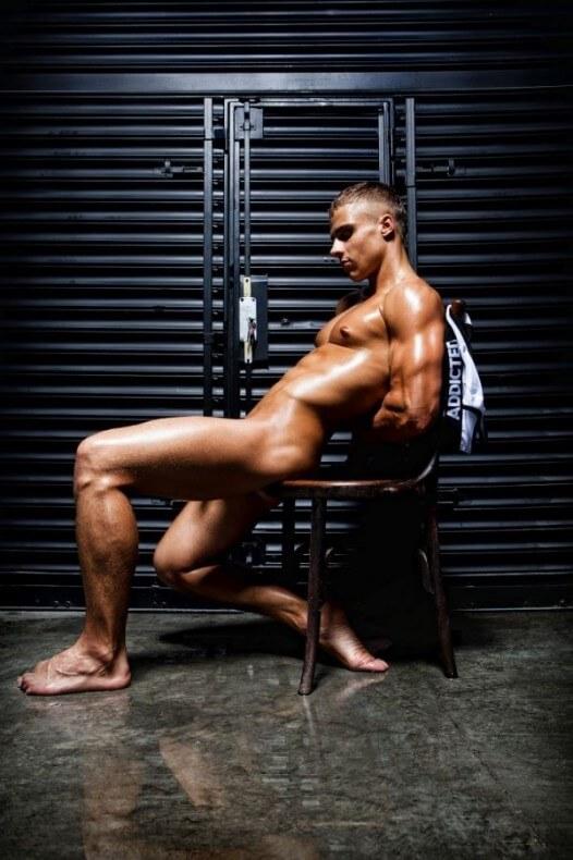 Den_wok_addicted_underwear_feet