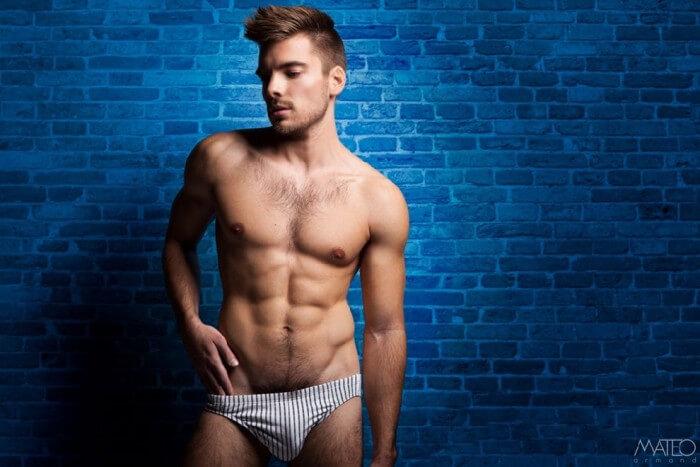 Max_Mayet_bulge_hot