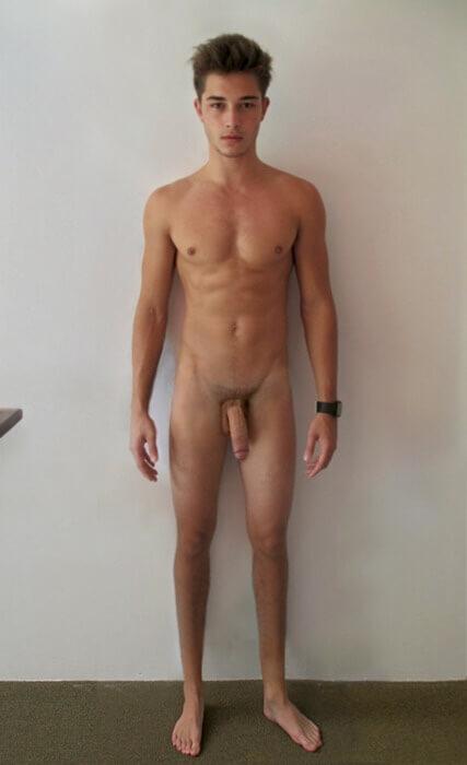 francisco_lachowski_completamente_nudo_cock_dick_pisello_piedi_feet