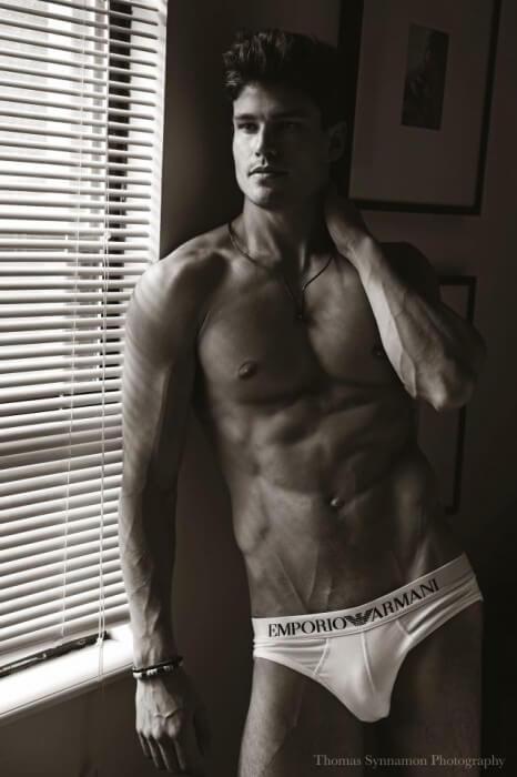 Bernardo_Arriagada_emporio_armani_underwear