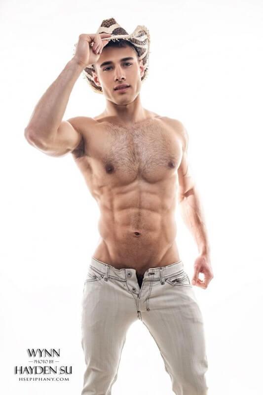 Quinton_Wynn_jeans