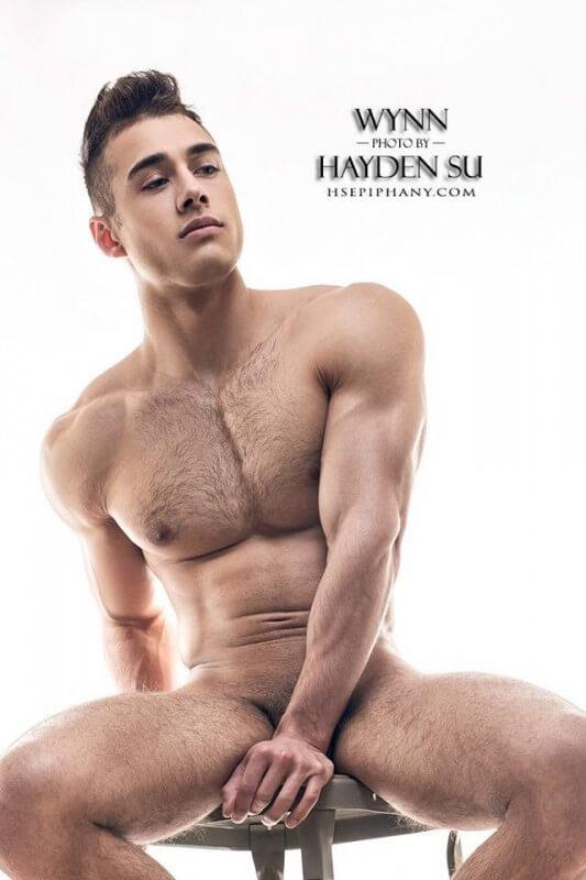 Quinton_Wynn_naked