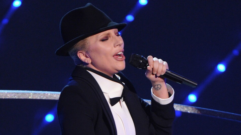 Lady Gaga tributo queer a Frank Sinatra