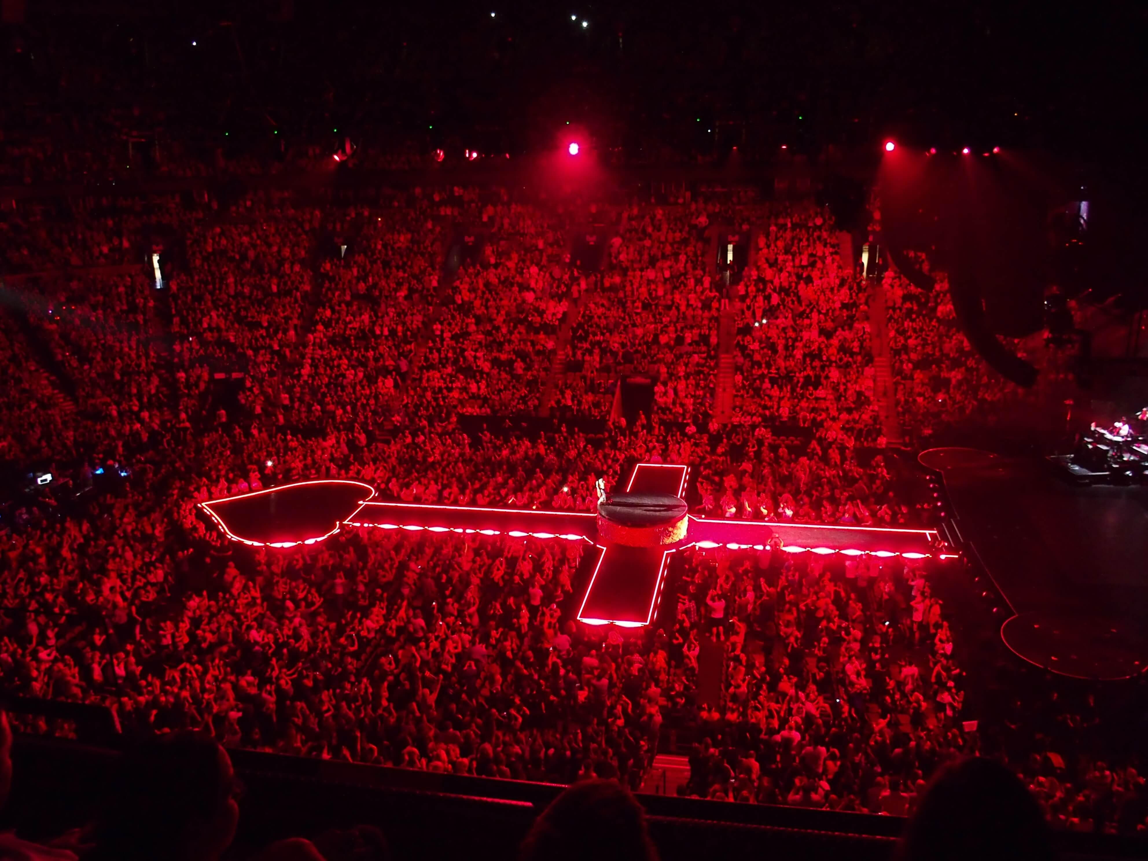 madonna_rebel_heart_tour_stage