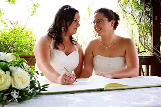 matrimoni_gay_dal_mondo_catherine_vicky_uk