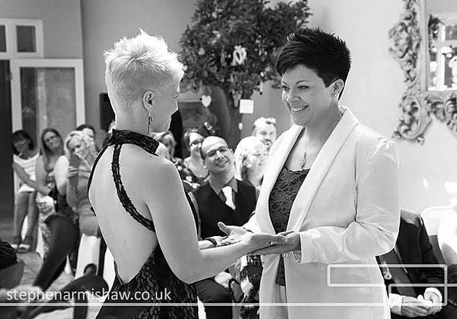 matrimoni_gay_dal_mondo_gemma_lamy_uk