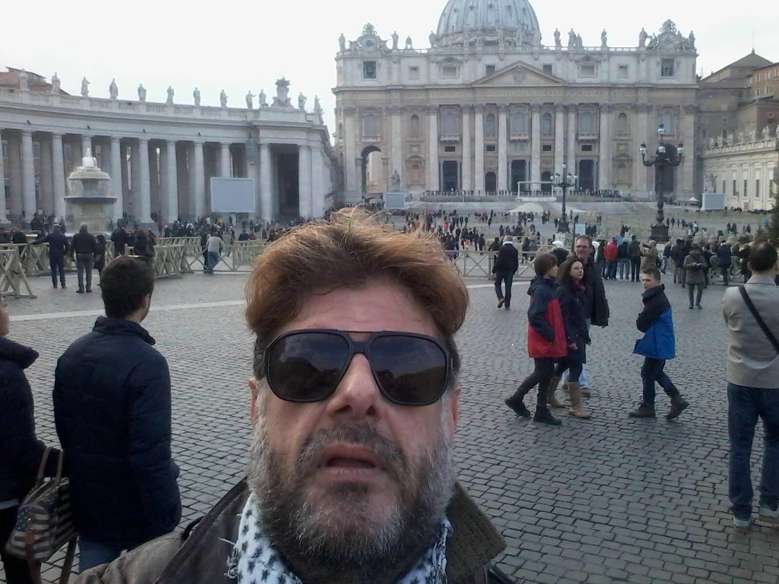 Entra nudo a San Pietro: arrestato, ora è in ospedale