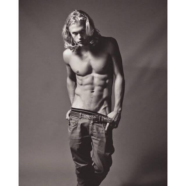 Christopher Mason, modello di CK, beccato nudo su Snapchat