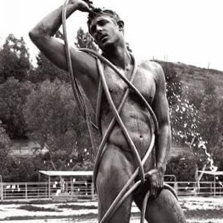 Matthew_Smith_americas_next_top_model_concorrente_nudo