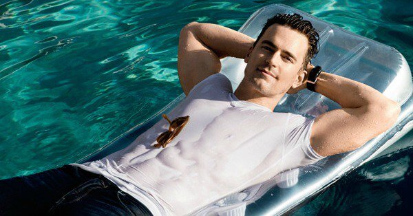 matt_bomer_men_fitness_piscina
