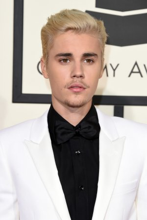 grammy_awards_2016_justin_bieber