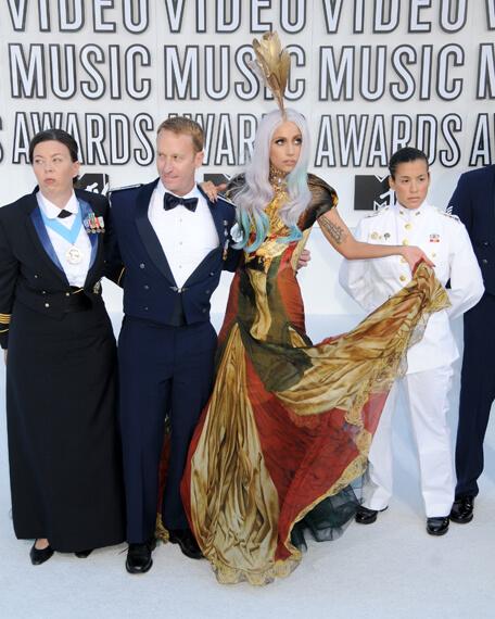 lady_Gaga_VMA_2010