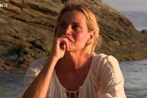 isola_dei-famosi_simona_ventura_lacrime