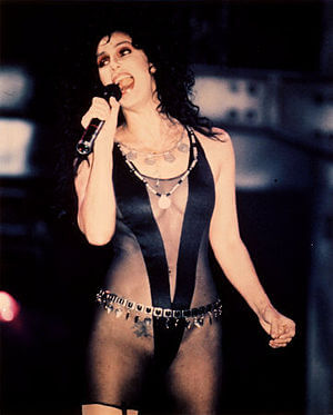cher_if_i_could_turn_back_time_anni_80