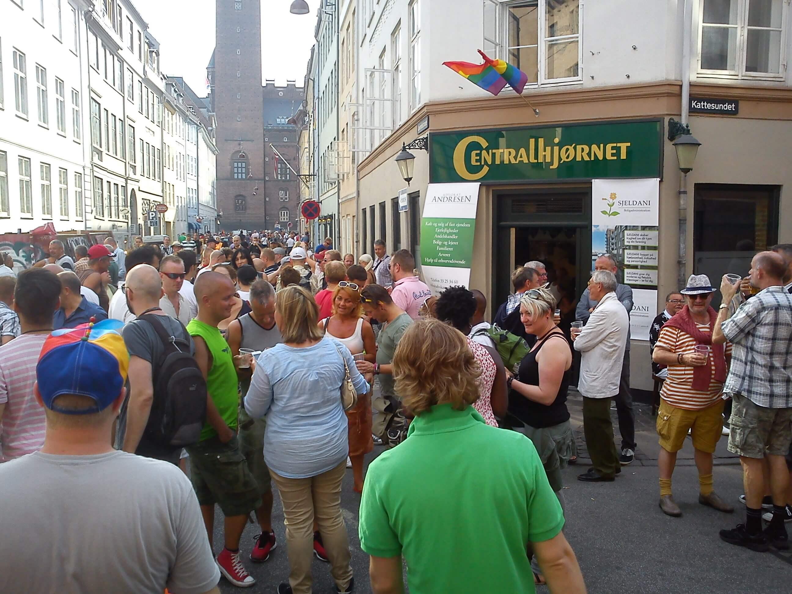 gay-pride-749