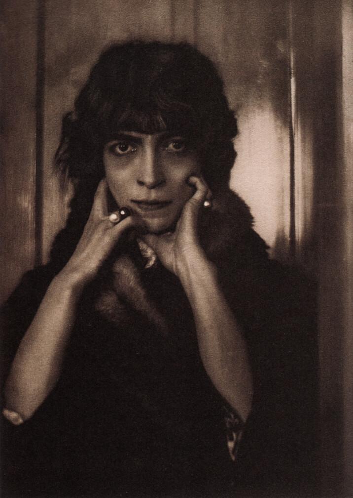 LUISA CASATI (1881-1957)