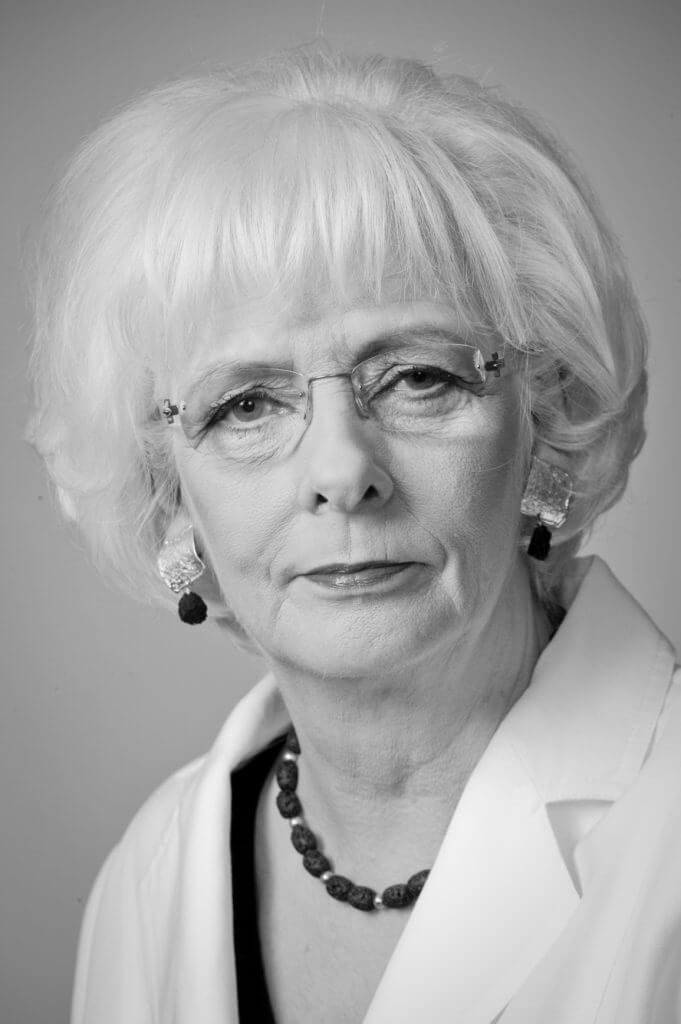 Jóhanna Sigurðardóttir, eletta Prima Ministra dell'Islanda il 1° febbraio del 2009, e sino ad ora l'unico Primo Ministro dichiaratamente omosessuale che sia mai stato eletto.