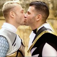 cosplayer_gay_power_rangers-200x200.jpg
