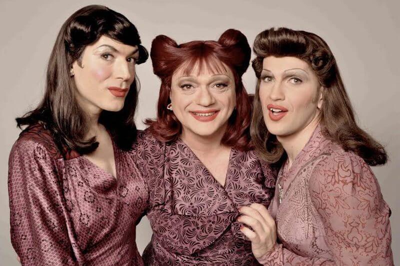 Le sorelle marinetti sono gay
