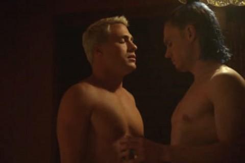 sesso gay in TV