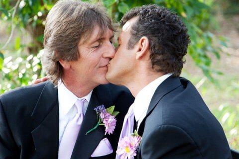 Corte di Giustizia Ue: sentenza cruciale a favore di coppie gay