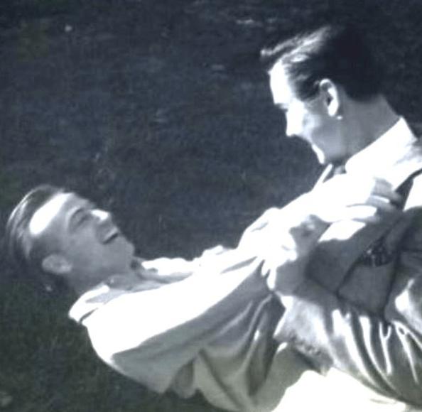 Scatti vintage di matrimoni LGBT+