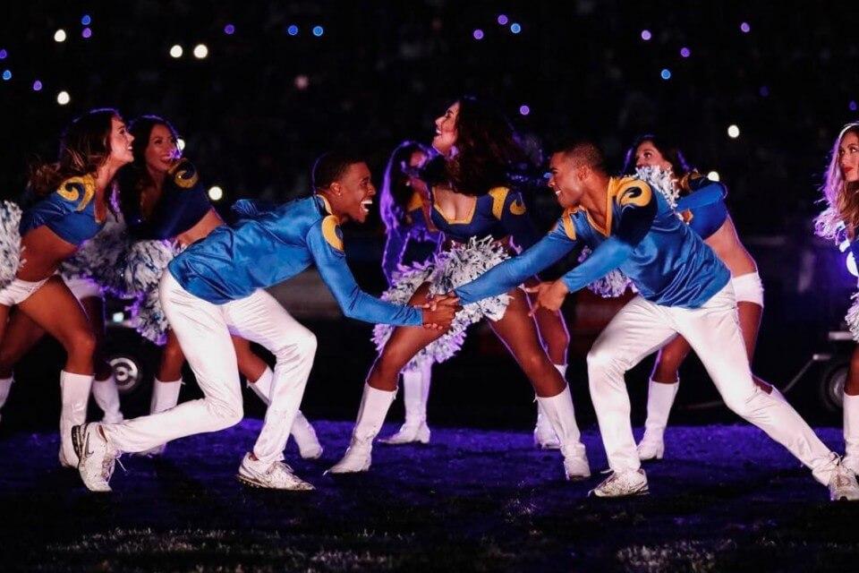 Super Bowl 2019 - due cheerleader