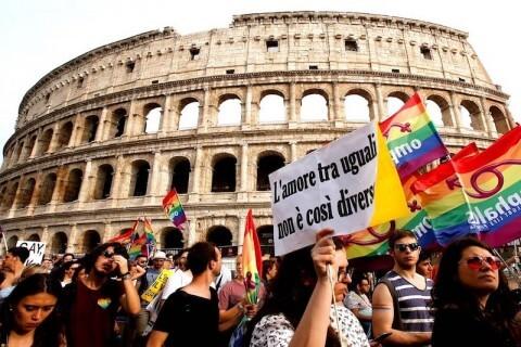Gay Incontri consigli prima data differenza tra incontri amicizia e corteggiamento