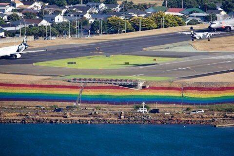 10 capi rainbow da regalare a Natale