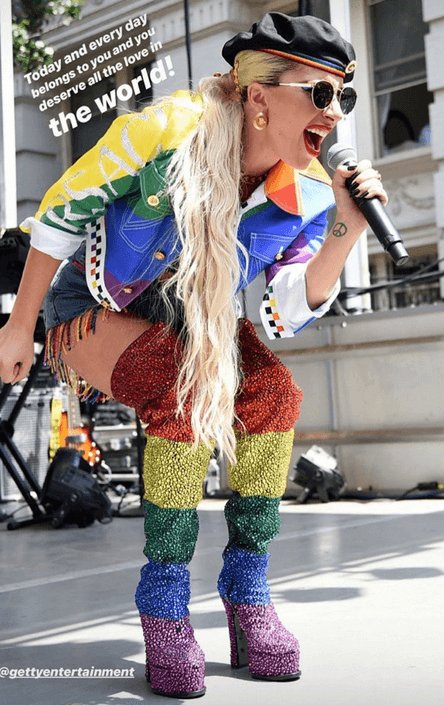 Lady Gaga sul palco dello Stonewall day 2019