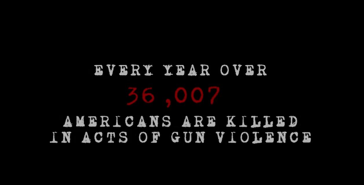 """Madonna """"God Control"""", l'avviso su quante persone muoiono per mano di atti di violenza da armi di fuoco"""