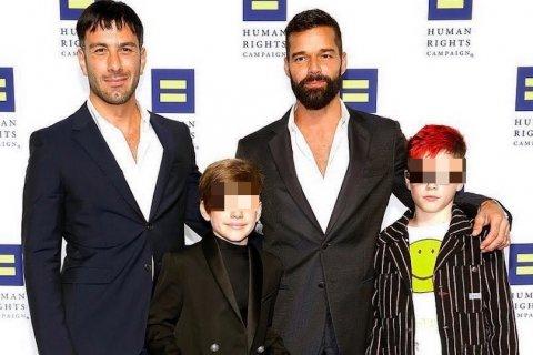Ricky Martin al settimo cielo: quarto figlio in arrivo per il cantante