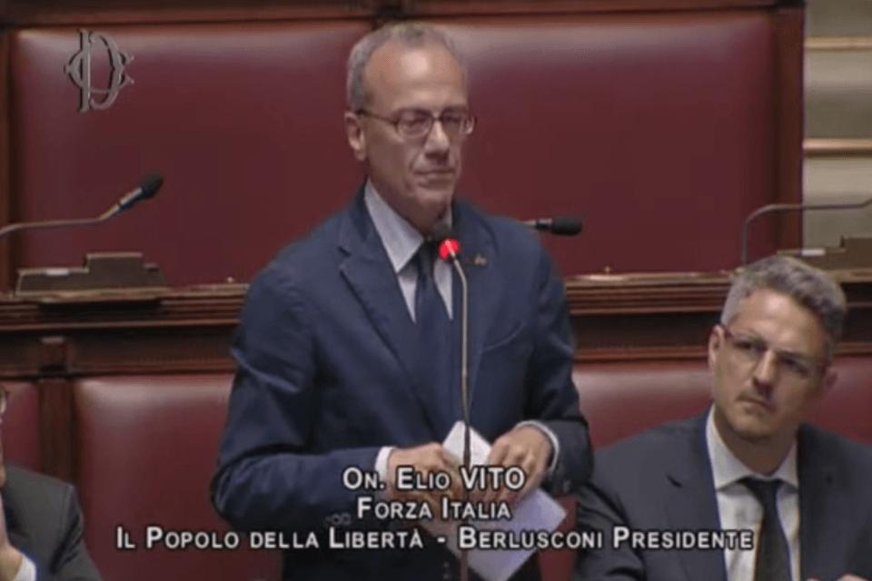 """Elio Vito costretto a correggere le colleghe di Forza Italia: """"Il DDL Zan NON prevede reati di opinione"""" (Elio Vito)"""