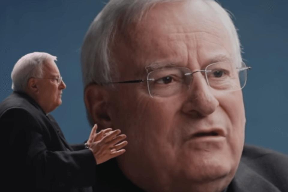"""Ddl Zan, il Cardinale Bassetti finge di tendere la mano: """"Andrebbe corretto più che affossato"""" (cardinale bassetti)"""