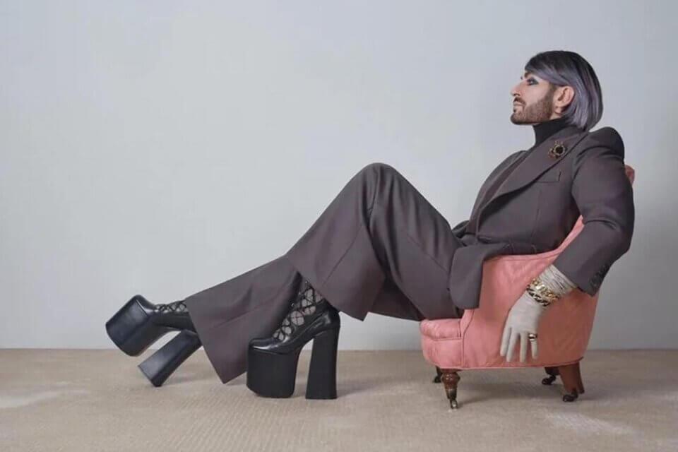 Gli uomini e le scarpe col tacco, quella tenera e ridicola indignazione boomer (1632412960 1621832258481703 heels cover edited 1536x864 1)