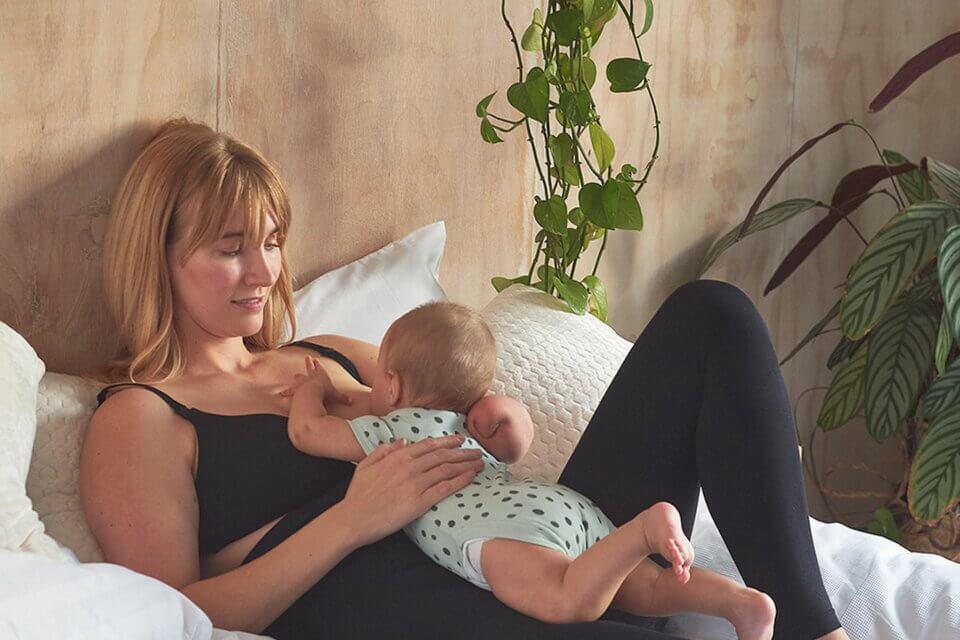 Primark passa dalla parola 'maternità' a 'genitorialità', ed è subito bufera social (parenthood 1000X1000)