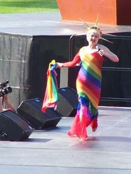 Cyndi_Lauper_at_Gay_Games_VII