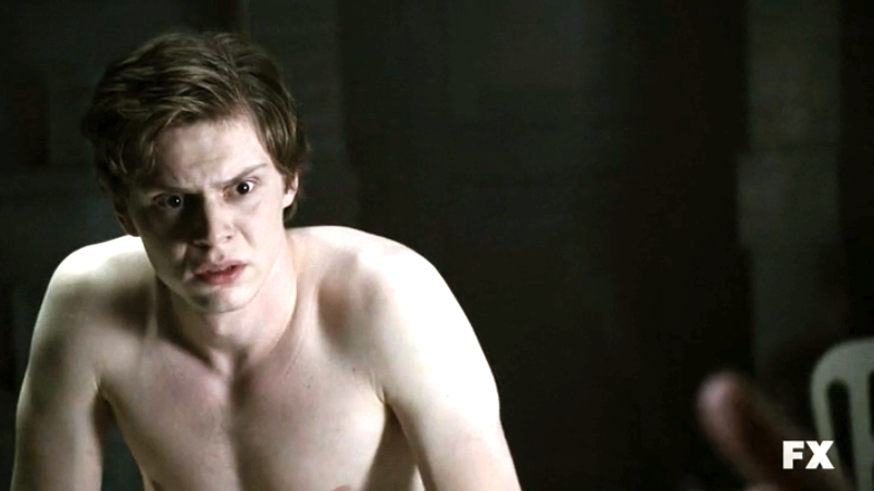 american-horror-story-evan-peters-7